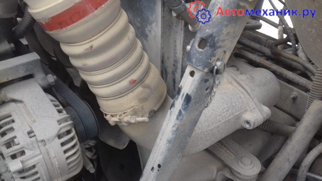 Снятие радиатора охлаждения КАМАЗ
